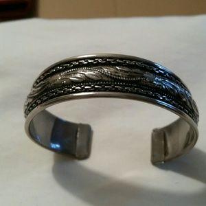Cuff bracelet silver plated